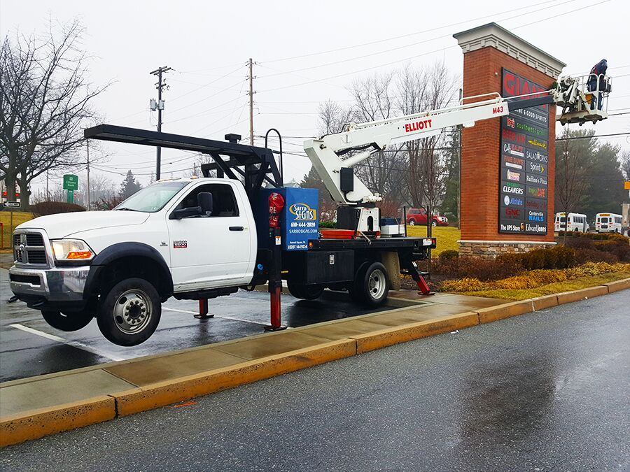 Business sign installation in New Castle, PA