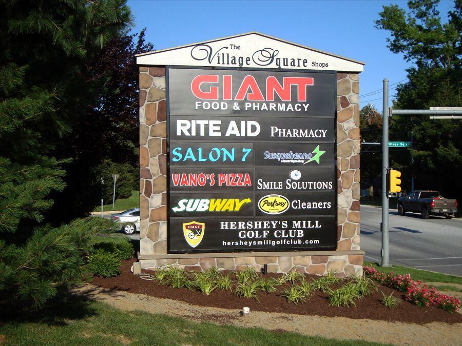 Monument Signs in Newark, DE